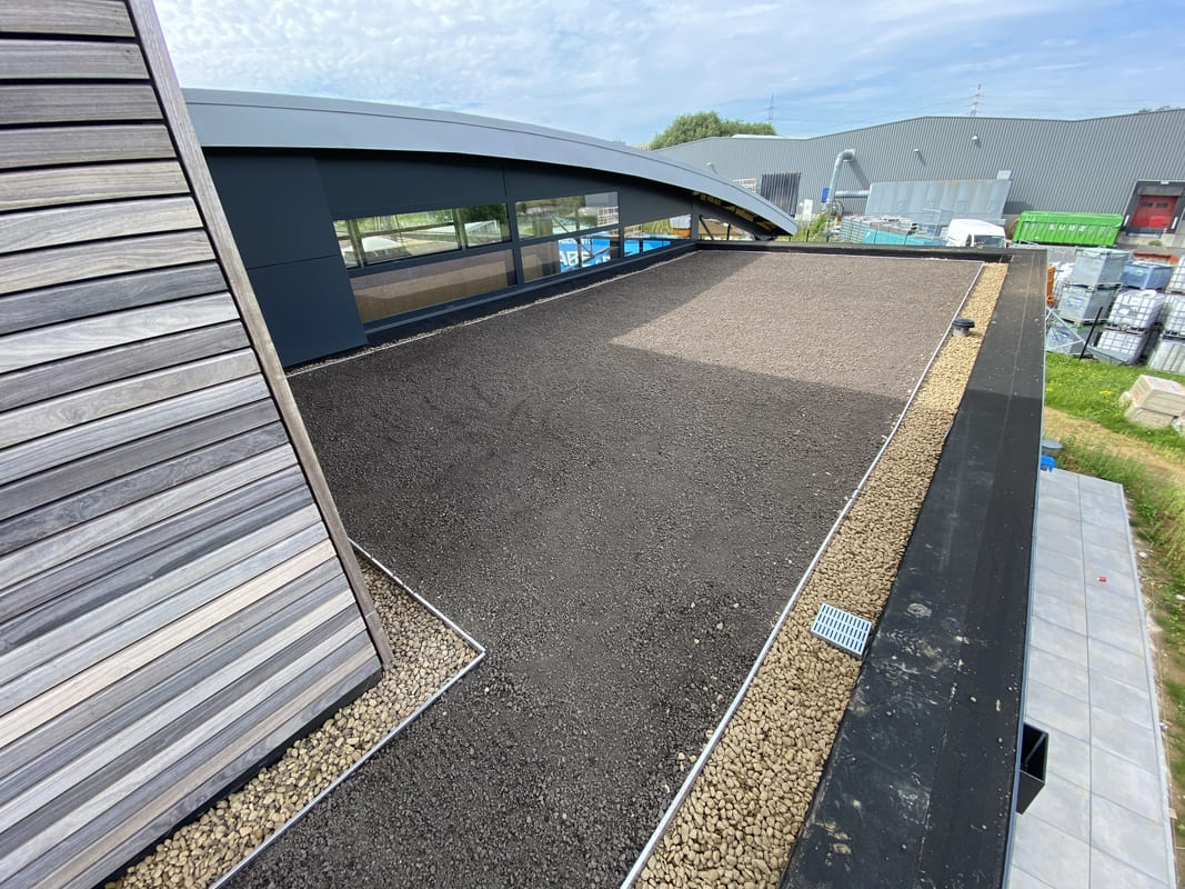 Réalisation d'un toit vert à Liège